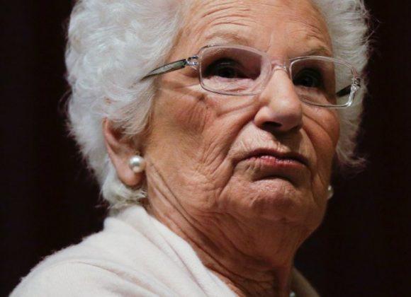 Holocaustüberlebende erhält Polizeischutz (SPIEGEL)