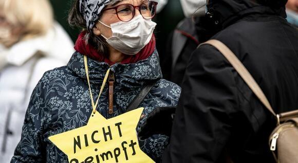 Jeden Tag drei antisemitische Vorfälle in Berlin (Tagesspiegel)