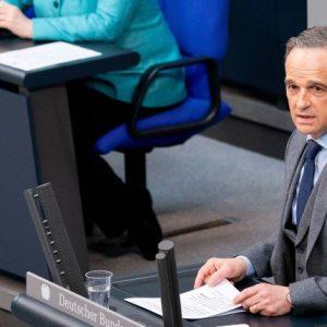 """""""Keinen Zentimeter Platz für Antisemitismus"""" (FAZ)"""